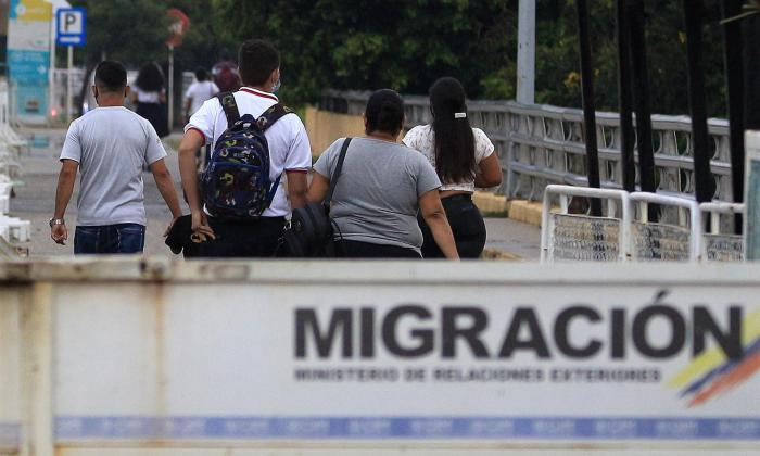 Sólo 10% de venezolanos en Colombia, Perú y Ecuador quiere regresar a su país
