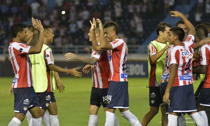 Imágenes que deja la clasificación de Junior a los octavos de final de la Sudamericana