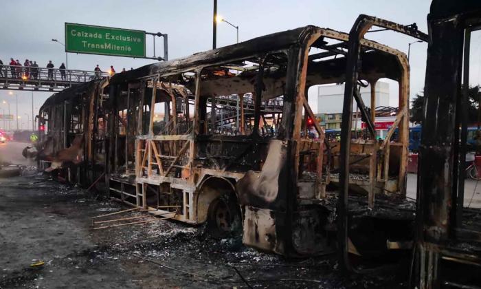 Estos son los daños que dejan protestas en Bogotá tras muerte de abogado
