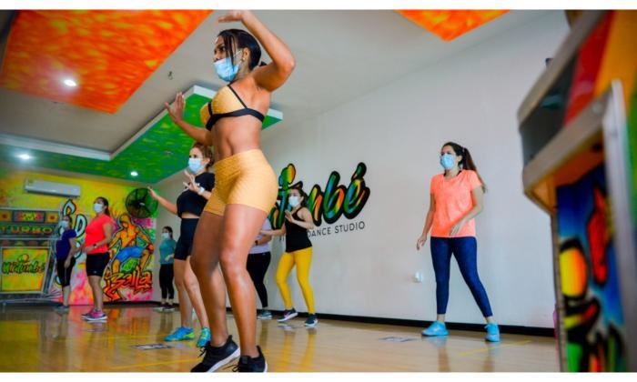 'Fitness dance': baile, tonificación muscular y coordinación