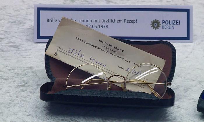 Estos son los objetos de John Lennon recuperados en Alemania