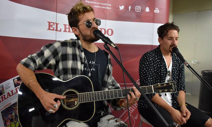 #SesionesEH | Así suena 'Mi mala' de Mau y Ricky en versión acústica