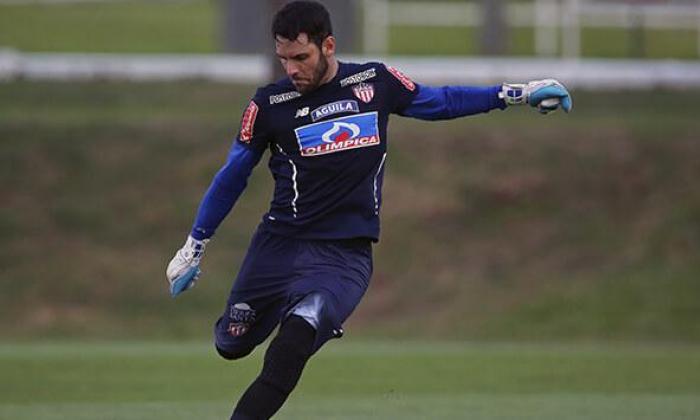 Sebastián Viera afina su puntería previo al partido de Junior ante Nacional