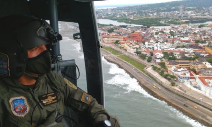 En video   Desde el aire Policía vigila playas en Cartagena