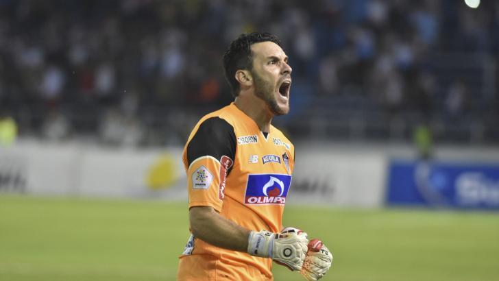 """""""Hay que darle vuelta, hay que salir a buscar el partido"""": Sebastián Viera."""
