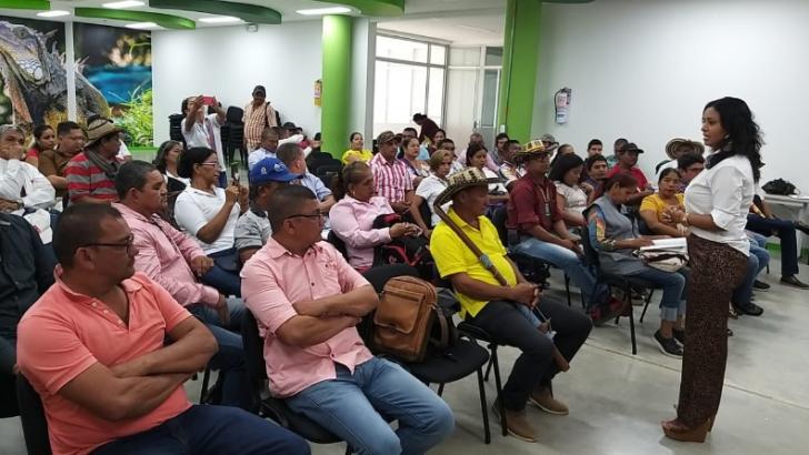 Ladys Noble, secretaria de Gobierno de Montería, en su encuentro con comunidades indígenas.