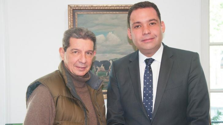 Presidente de Fedegan-FNG, José F. Lafaurie, y gobernador Nemesio Roys de La Guajira, trabajarán por sostenibilidad ganadera.