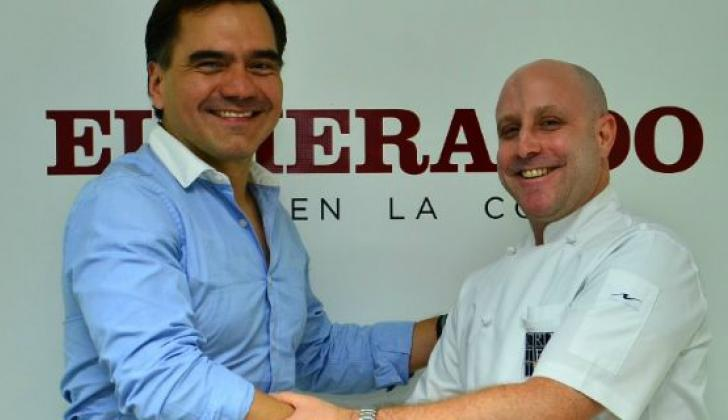 Edwin García, director de mercadeo de Juan Valdez y el chef Mark Rausch.