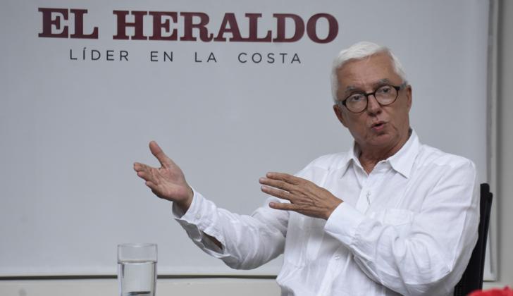 El senador del Polo Democrático Jorge Enrique Robledo, en su visita a EL HERALDO.