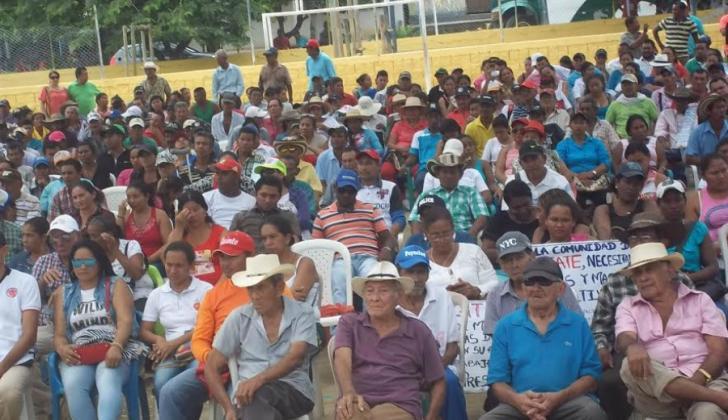 Decenas de campesinos se vincularon a la celebración.