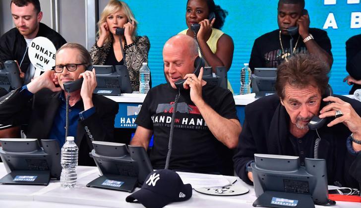 Steve Buscemi, Bruce Willis y Al Pacino responden llamadas en el maratón.