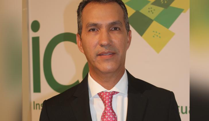 Luis Humberto Martínez, gerente general del ICA.