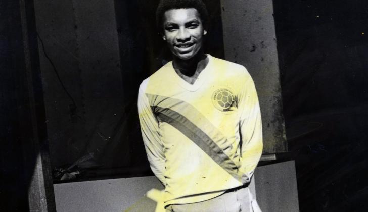 Vistió la camiseta de la Selección en el 83 y 85.