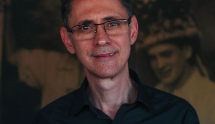 Pablo Montoya (1963), escritor colombiano.