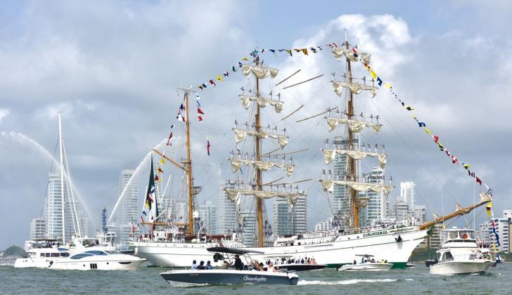 Embarcaciones del evento arribaron al puerto.