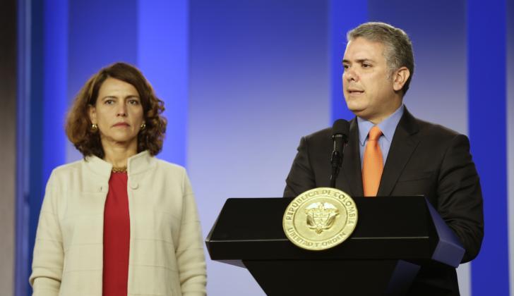 El presidente Duque junto con la ministra del Interior, Nancy Patricia Gutiérrez.