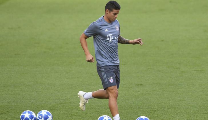 James en la práctica de ayer del Bayern Munich.