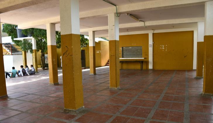 En este espacio del colegio de Suan funciona el comedor escolar.