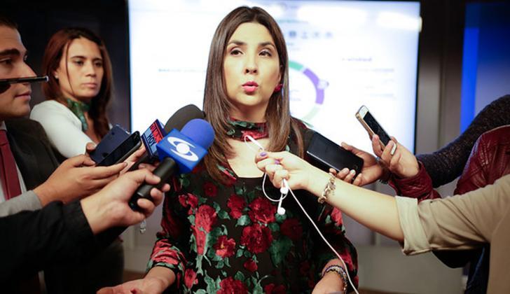 Ministra de educación, María Victoria Ángulo.