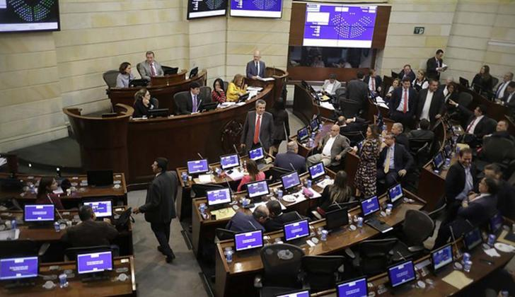 Se discute en las Comisiones Primera del congreso.