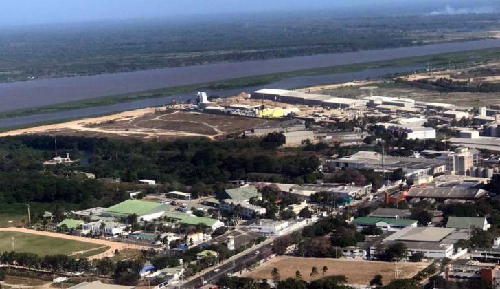 En la parte superior de la imagen se puede apreciar parte del islote en el río Magdalena.