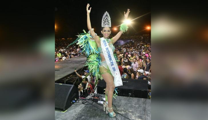 Lauren Martínez, nueva reina intermunicipal del Carnaval.