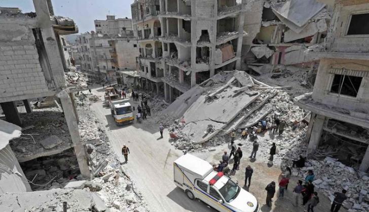 Ataques aéreos de un aliado del régimen Rusia mató a 10 civiles en la región de Idlib en el noroeste de Siria