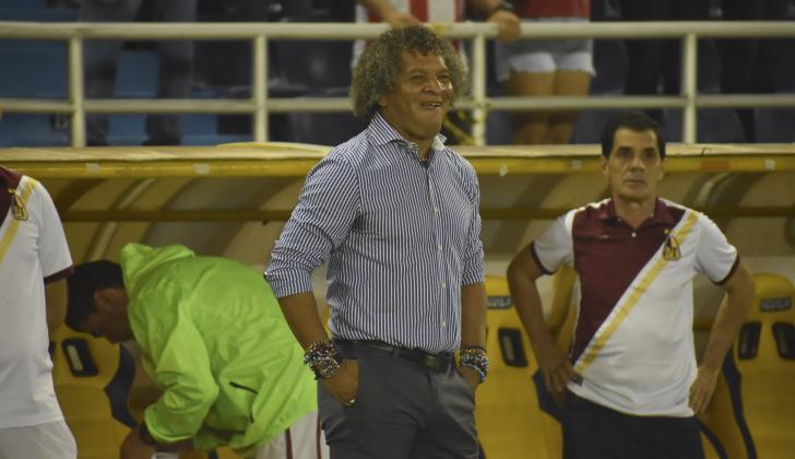 Alberto Gamero tiene que saber dosificar su plantel.