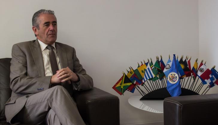 El jefe de la Misión de Apoyo al Proceso de Paz de la Organización de Estados Americanos (MAPP/OEA), Roberto Menéndez.