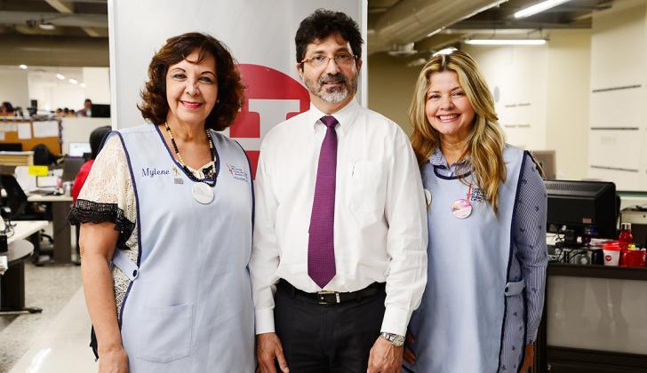 Milene de Forero, Carlos Abdala y Mónica Hernández de la Liga contra el cáncer en el Atlántico.