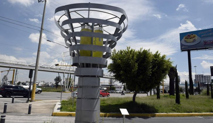 """Vista del sistema de purificación de aire """"BioUrban 2.0"""" en Puebla, México."""