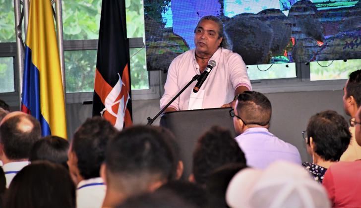 El vicerrector de Docencia de la UA, Luis Gutiérrez, durante su intervención.