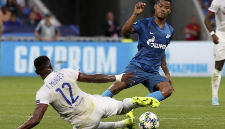 Wílmar Barrios, del Zenit, durante el partido contra el Lyon, en la Liga de Campeones.