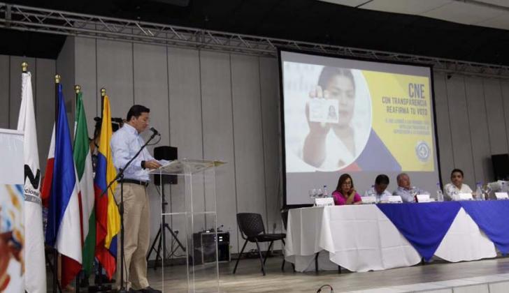 Hernán Penagos en audiencia del CNE en Valledupar.
