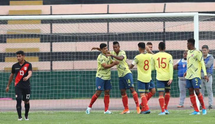 El 'Chino' celebra su tanto con la Selección sub-23.