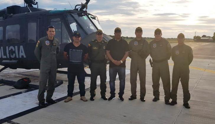 Esta es la aeronave con la que ahora cuenta la Policía de La Guajira y algunos del grupo de abordo.