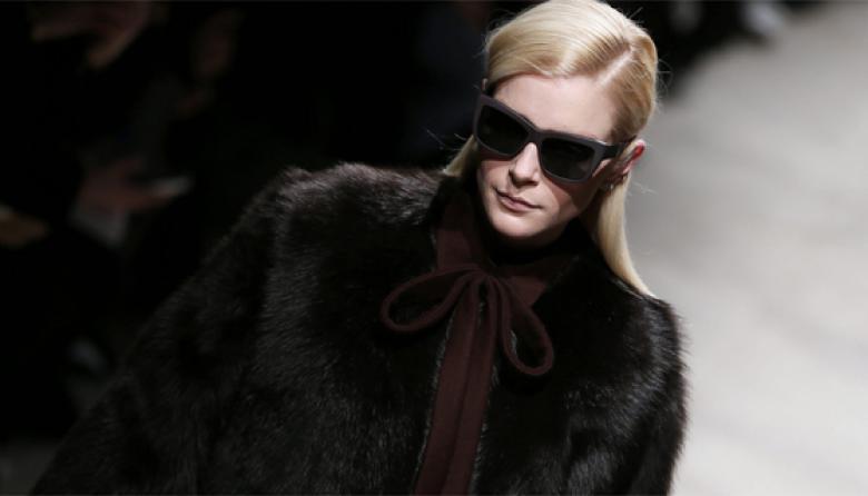 La casa de moda Rochas celebra sus 90 años con golondrinas
