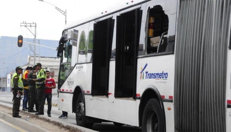 Conductor herido en ataque a ruta de Transmetro fue dado de alta
