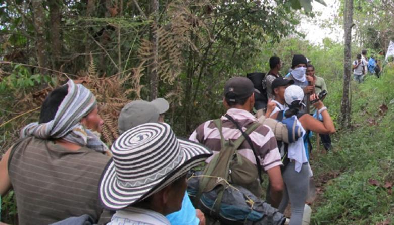 Al menos 415 desplazados en Colombia por choques armados entre ELN y  Autodefensas Gaitanistas
