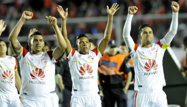 Santa Fe ganó por primera vez en Argentina: derrotó 1-0 a Independiente de Avellaneda