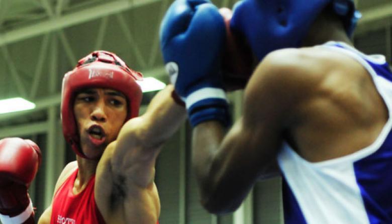 El boxeador atlanticense Eduard Marriaga en acción.