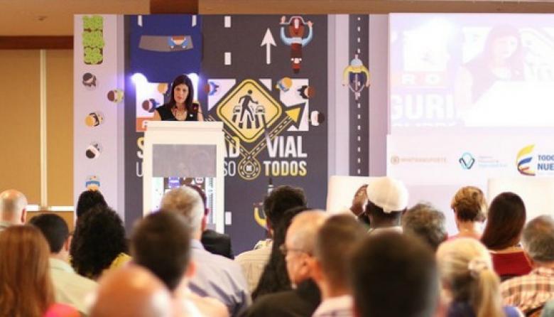 Mintransporte capacita entes territoriales sobre alianzas público-privadas
