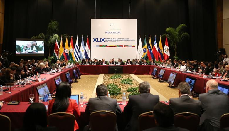 Mauricio Macri y Maduro asistirán a cumbre de Mercosur
