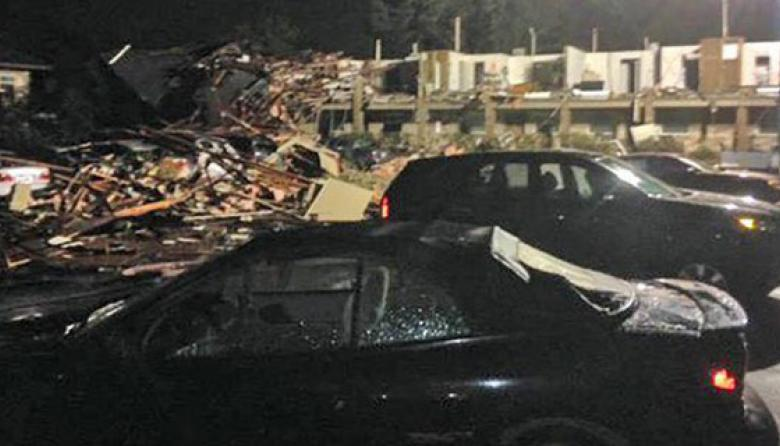 Tornados al sur de EEUU dejan 3 muertos y varias personas heridas