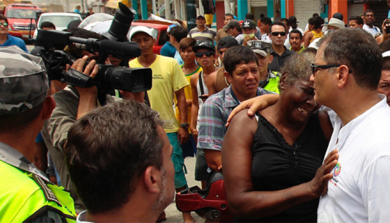 """""""Estamos en capacidad de recibir los diálogos entre el Gobierno colombiano y ELN"""": Rafael Correa"""