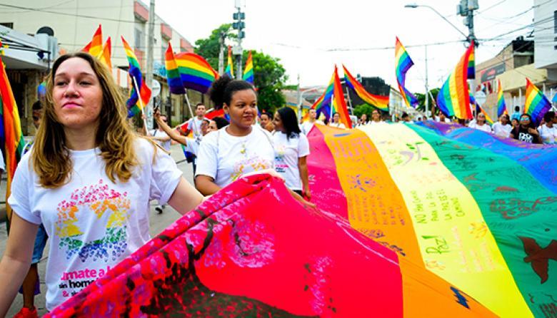 Juez ordena que se reconozcan derechos de una pareja de lesbianas en San Andrés