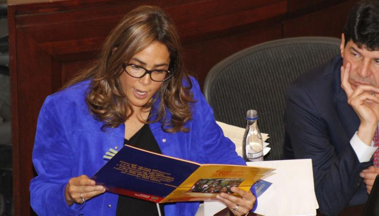 Parody en debate en el Congreso: Gobierno de  Uribe también elaboró cartilla sobre género