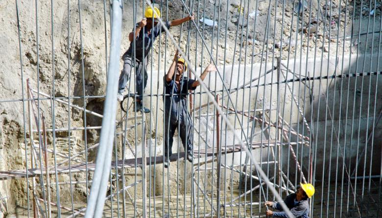 Trabajadores del sector de la construcción en Barranquilla.
