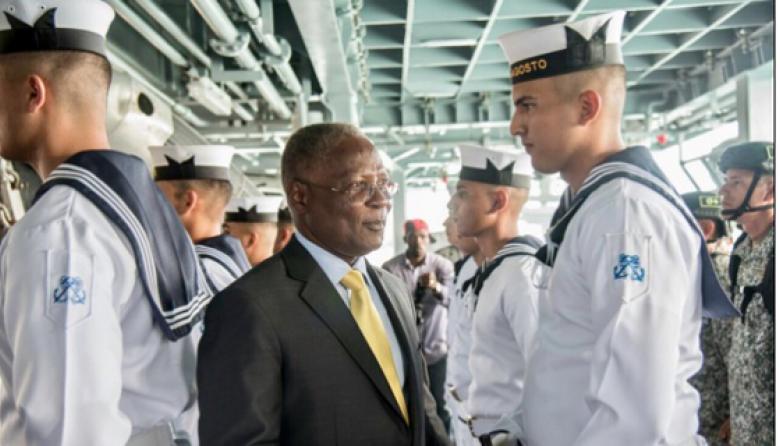 Buque colombiano llega a Haití con ayuda para afectados por 'Matthew'