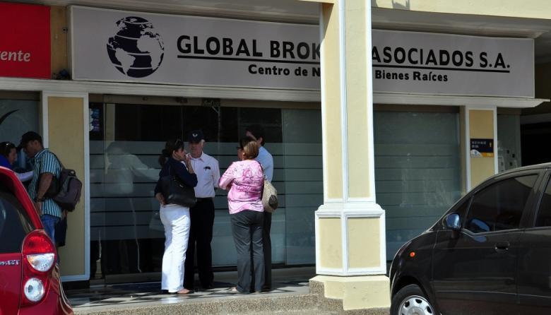 Aplazan audiencia previa al juicio del caso Global Brokers